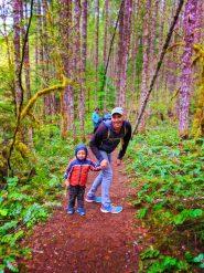 Taylor Family at Falls Creek Falls Carson Washington 4