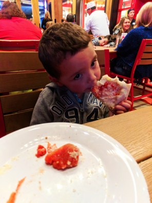Taylor Family Red Oven Pizza at Universal City Walk Universal Orlando Resort 2