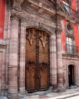 One of the many doors in San Miguel