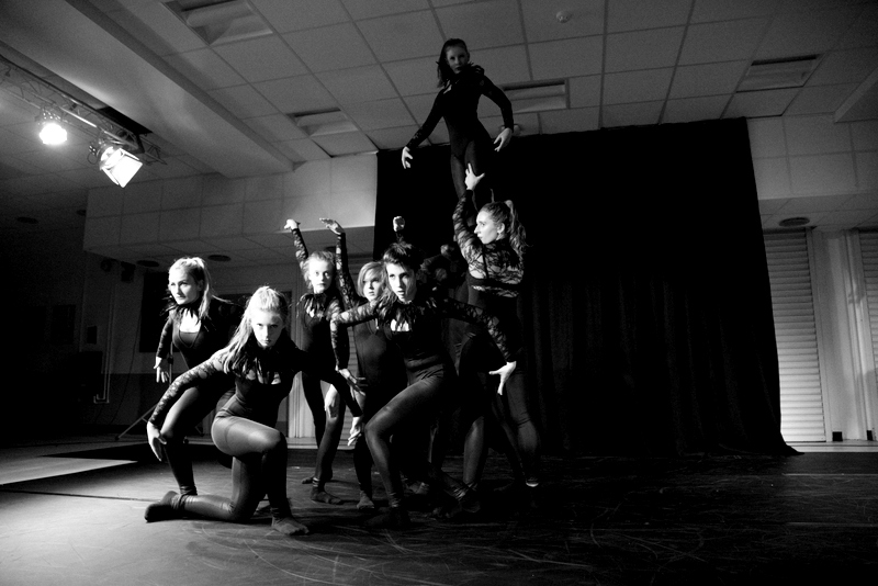 Neatherd dance show sample (33)