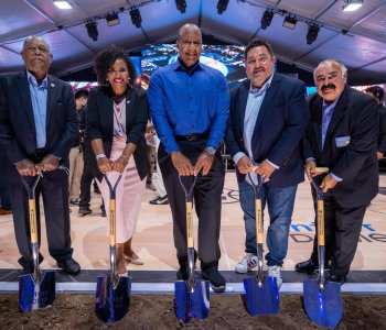 Inglewood city council attends Clippers Arena groundbreaking ceremony September 17, 2021. (Credit: City of Inglewood)