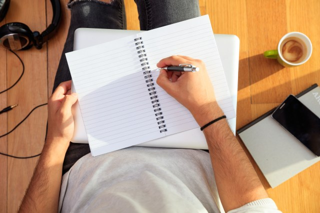 How to Become a Pro Essay Writer in 18 Steps - OETJobs