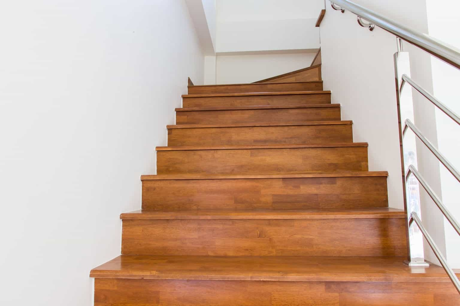 5 Reasons You Should Install Laminate Flooring On Stairs The | Best Hardwood For Stairs | Treads | Oak | Stair Tread | Stain | Laminate Flooring