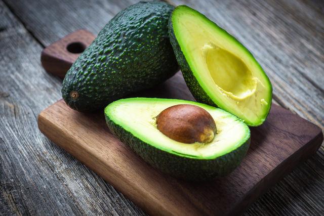Авокадо незаменим при гепатите, диабете и повышенной кислотности желудка