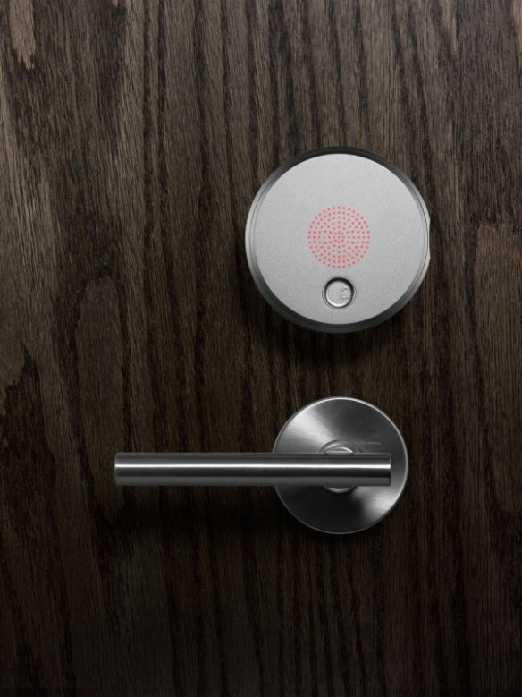 August Smart Lock Turns Your Phone Into House Keys in technology home furnishings Category