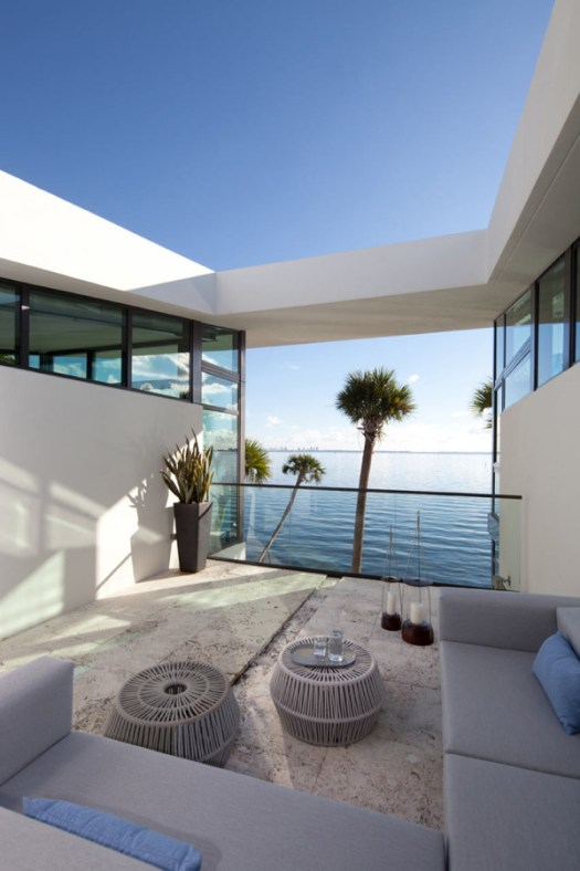 Glass Front Residence on the Water in Coral Gables in architecture Category