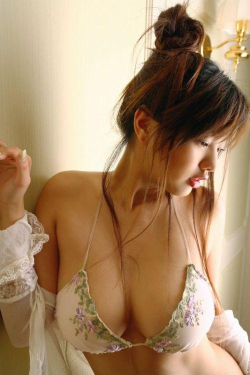 reretlet:   satashi:  via 唇がエロい三次画像ください@PINK速報
