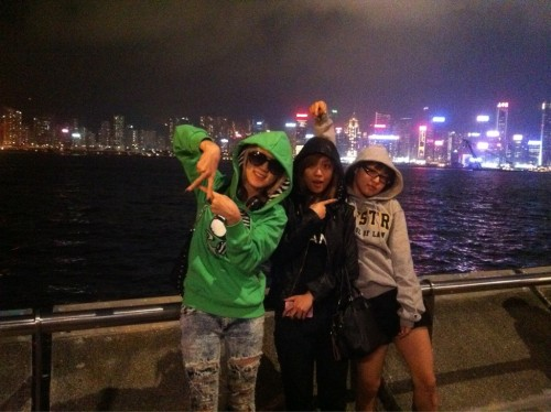 """101201 Jia's Twitter miss A in HK~~~^^우리만 알고있는 """"비밀 여행~~~""""ㅎㅎㅎㅎㅎㅎㅎ miss A in HK~~~^^Our """"secret vacation~~~"""" that only we knew about hahahahahahaha"""