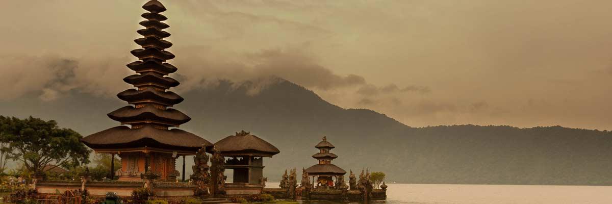 Indonesia, Asia: Viajes de Aventura, Viajes Alternativos, Turismo Responsable, Mochilero, Viajar en Grupo, Viajar Sola, 3000KM