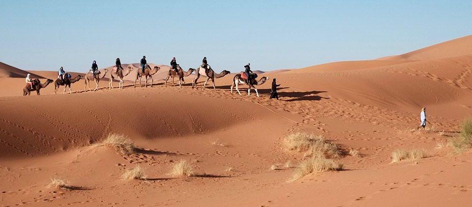 Merzouga , Marruecos: Viajes de Aventura, Viajes Alternativos, Turismo Responsable, Mochilero, Viajar en Grupo, Viajar Sola. 3000KM