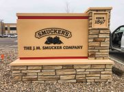 Smuckers_MonumentSign1
