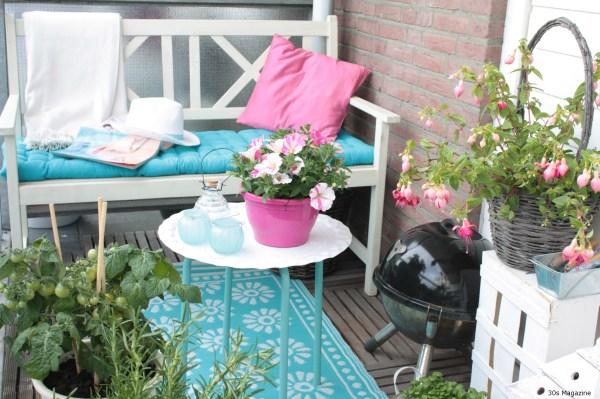 balcony turquoise