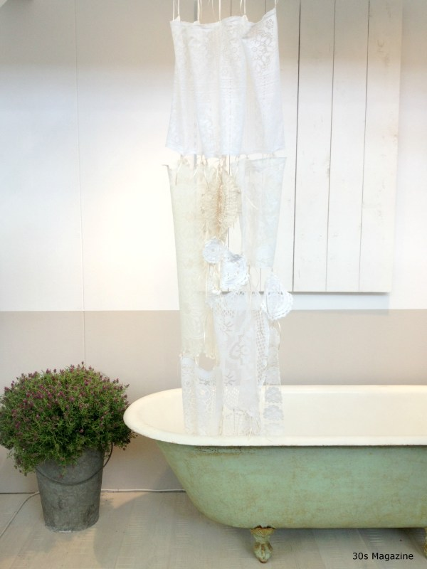 vintage French bath tub