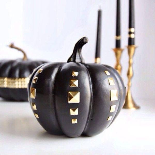 pumpkin studded