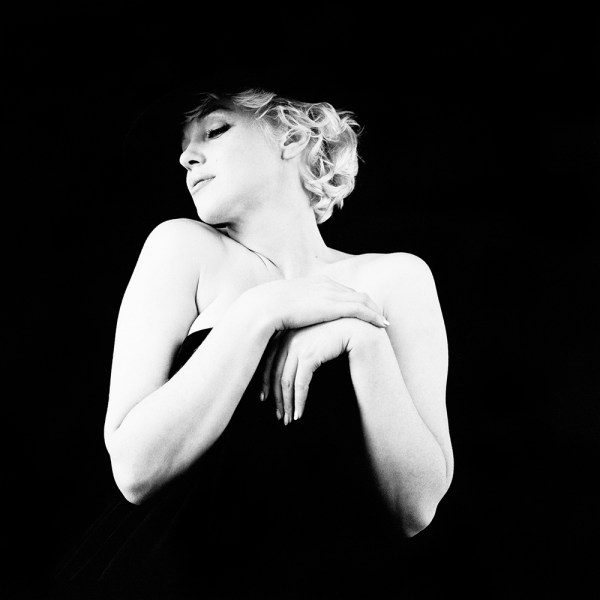 marilyn-in-a-black-derby-and-not-much-else-ny-1956-milton-h-greene-archive-images