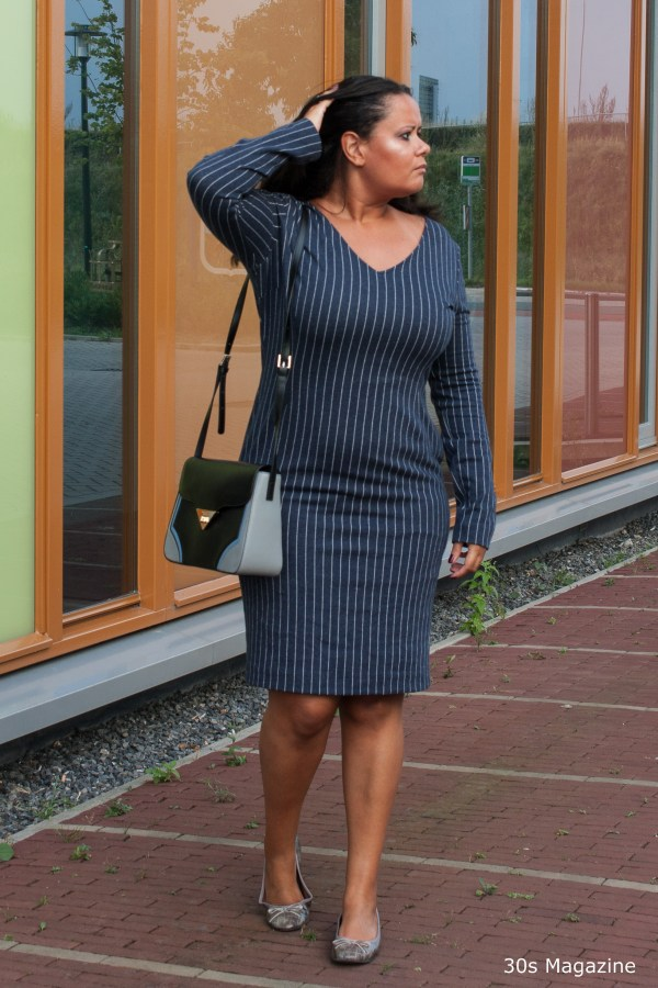 blue-office-dress-copyright-30s-magazine-4290