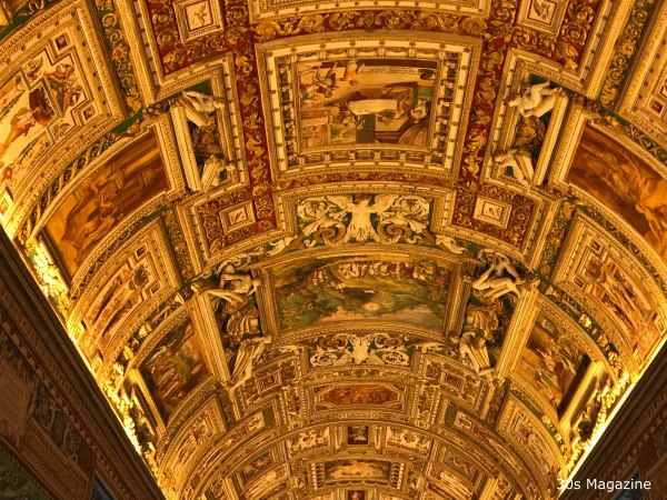 ceiling at Gallery of maps in Vatican Museum