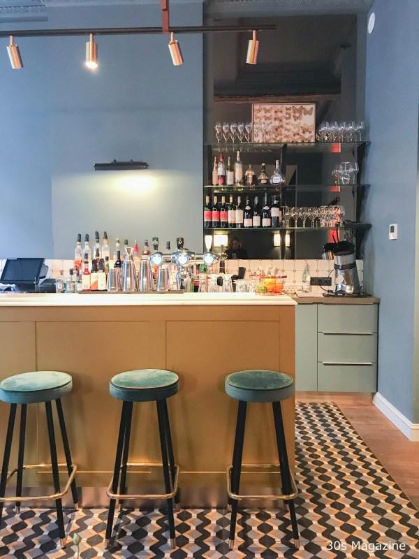Cafe Louis cocktail bar