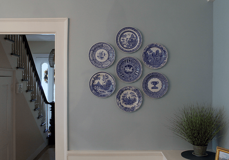 Spode-Plate-Hanging-Accent-Wall