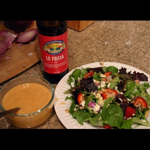 Check out 'Le Freak-ishly Good Beer Salad Dressing' I made with Le Freak by @greenflashbeer and grapefruit over on PorchDrinking.com (@porchdrinkingco ) It's quite delicious on salad and all kinds of other things.   #drinkandspoon #drink #beer #beerporn #beergasm #beertography #beerstagram #instafood #instagood #instabeer #food #foodporn #foodstagram #nom #yum