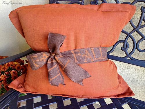 FALL Burlap Ribbon |FrugElegance | www.frugelegance.com