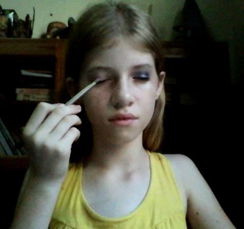 Make Up: Preto & RoxoOi, meninas!! Então, fiquei com dor de cabeça e febre ontem, por isso não pude pôr no ar. Daí o…View Post