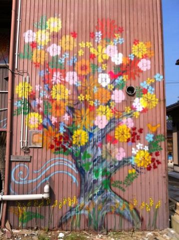ガレ花の咲くガレ樹
