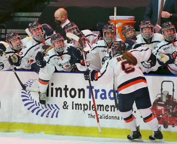 women's-hockey-hosts-cortland-for-preseason-play