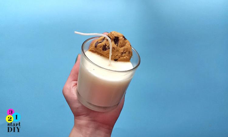 świeczka świąteczna mleko i ciasteczko dla Mikołaja