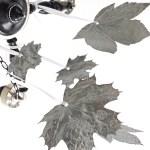 Jesienna ozdoba, którą zrobisz z suszonych liści