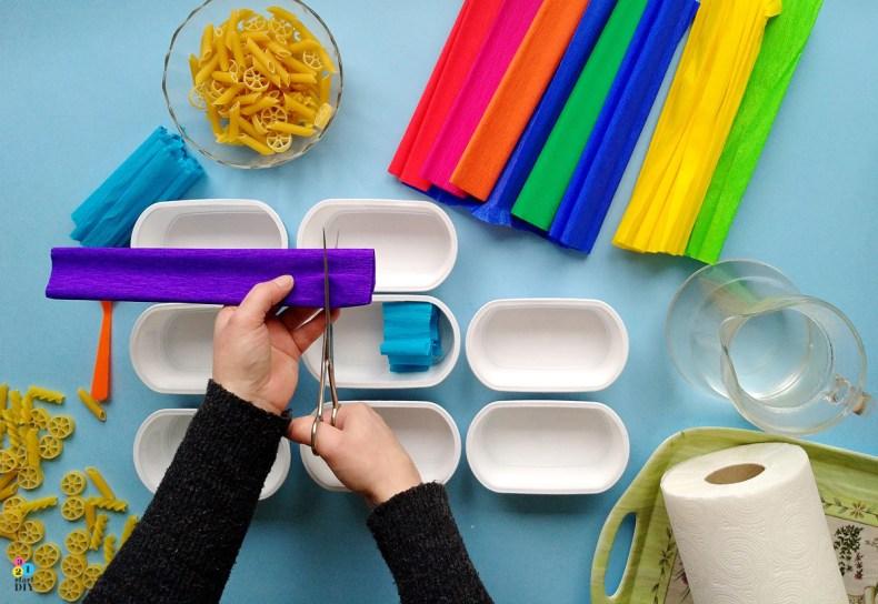 Kolorowy makaron - kreatywna zabawa dla dzieci