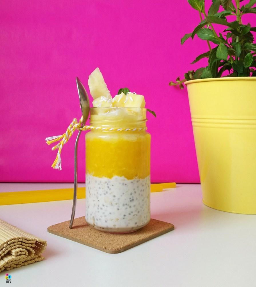desery w słoikach; pudding z chia i mango