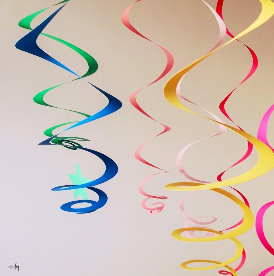 Spirale - wiszące dekoracje na bal karnawałowy