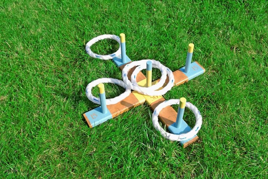 Gra zręcznościowa w rzuty do celu - zabawka DIY