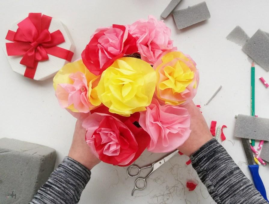 Kwiaty dla nauczyciela - flower box od ucznia