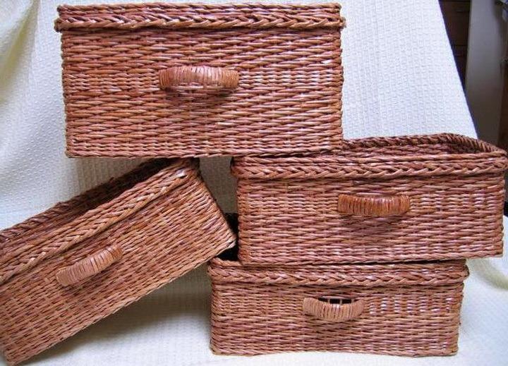 Bakul yang diperbuat daripada tiub