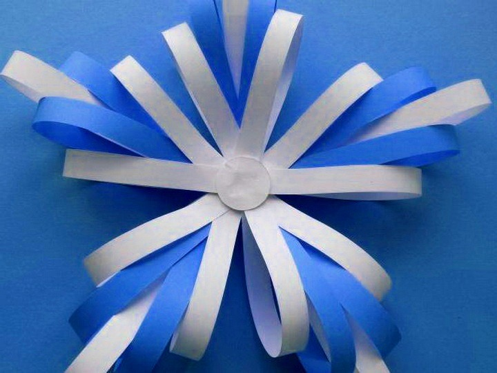 Snowflake kertas