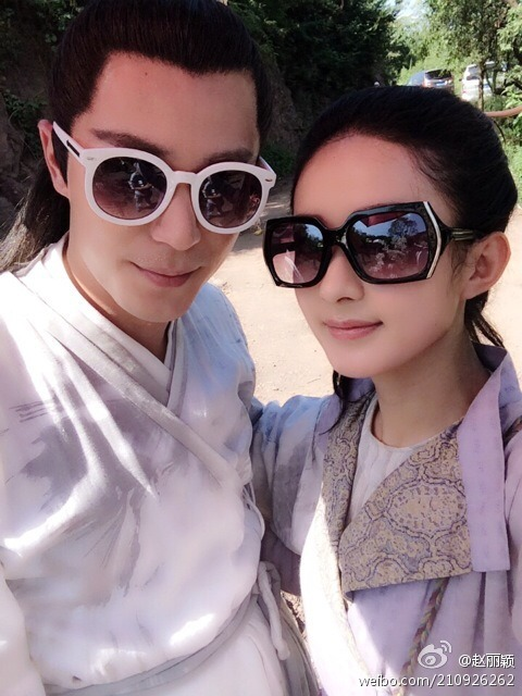 Zhao Liying and Wallace Huo being dorks on the set of Hua Qian Gu