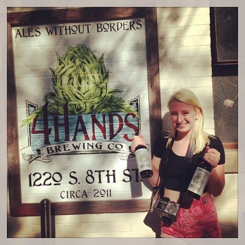 Thanks for a great time and great beers @4handsbrewingco #drinkandspoon #porchdrinking @porchdrinkingco #beer #craftbeer #craftbeercommunity #beerstagram #instabeer #instagood #brewery