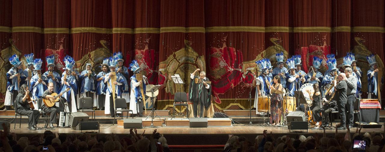 JAIME TORRES EN EL COLON. Imagen del concierto brindado por Jaime Torres el domingo 7 de septiembre en el ciclo de Intérpretes Argentinos, en el Teatro Colón de la Ciudad de Buenos Aires. (Prensa Teatro Colón /Máximo Parpagnoli)