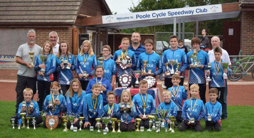 British YJL champions once again grabbed the Poole CSC headlines and their squad – pictured here at their Harbourside Park base - scooped 6 of the 7 annual awards. Included in the picture are Scotties Rowles (U.8) Daisy Sherwood (U.10) Nathan Goulden (U.12) Danny Byrne (U.14) Macie Schmidt (Junior).