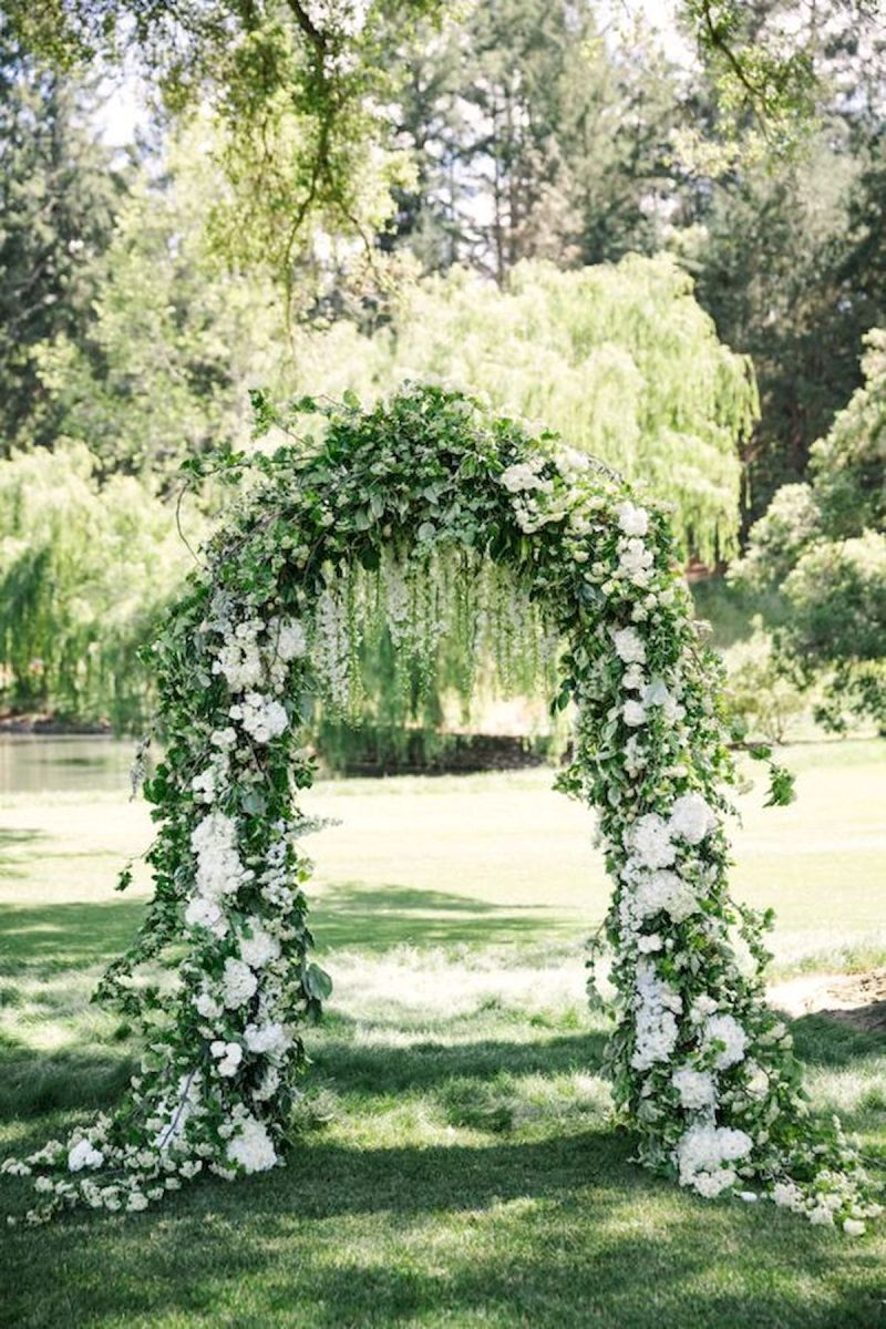 33 Ideas For Outdoor Spring Wedding (20)