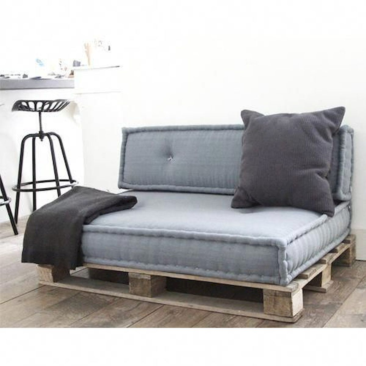 33 Ideas For Pallet Sofa (14)