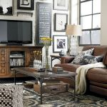 33 Best Industrial Living Room Ideas (29)