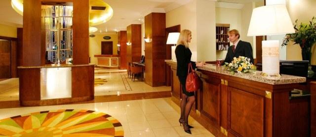 hotel_location