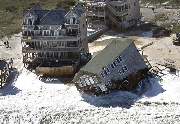 Image of fallen house on Hatteras Island, North Carolina