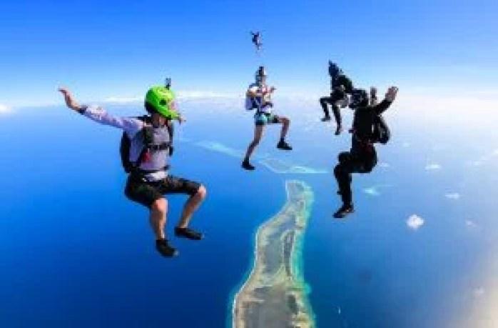 Free flying skydiving discipline