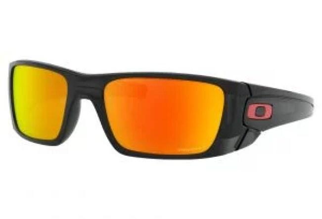 Skydiving eye protection