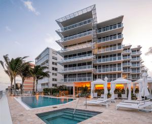Luxury Residences at 3550 South Ocean Condominiums