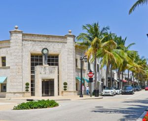 Palm Beach Living at its Finest - 3550 South Ocean